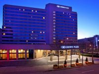 crowne-plaza-white-plains.jpg