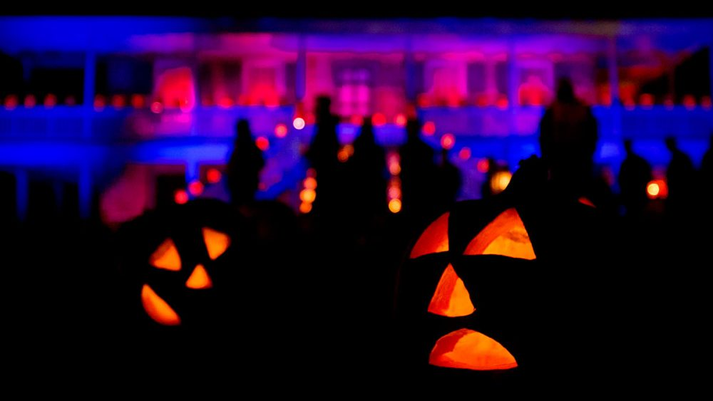 Pumpkins on the lawn in front of the manor house