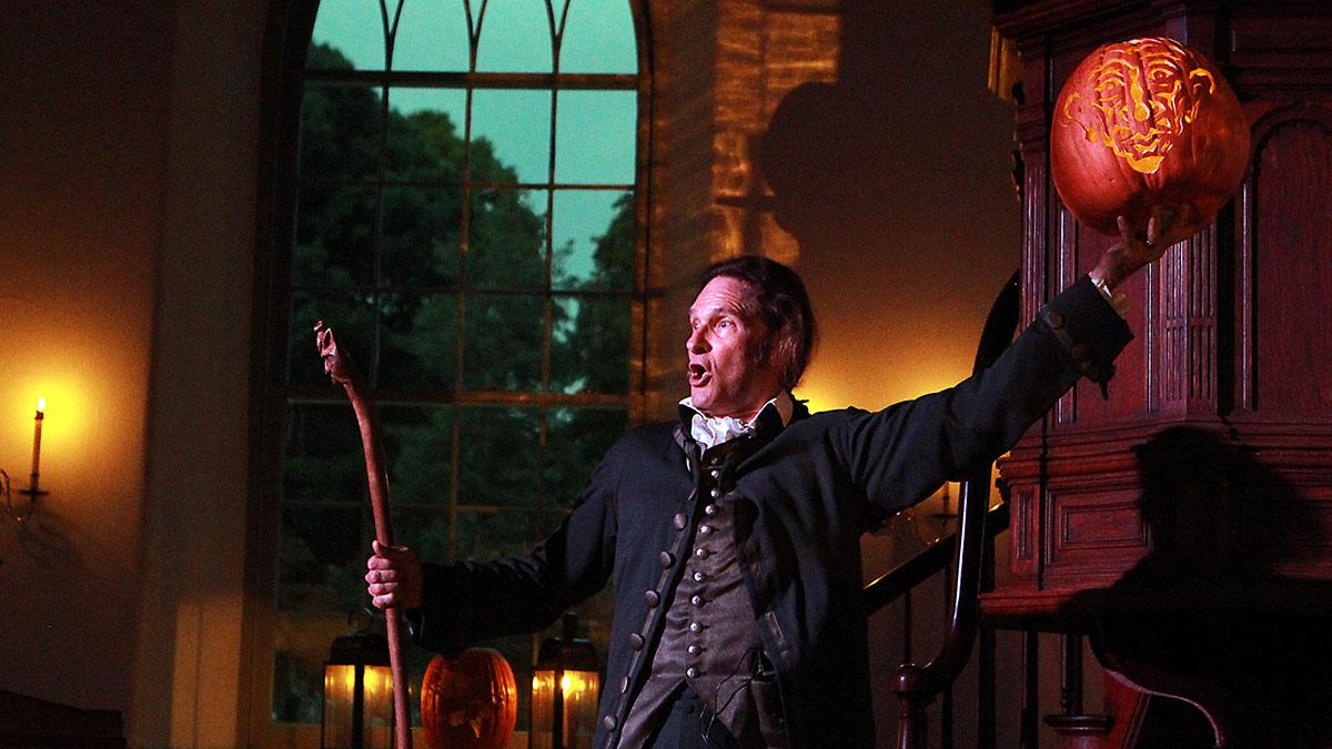 Jonathan Kruk Performing in Irving's Legend